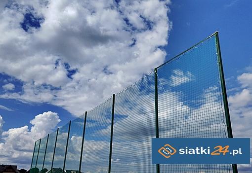 Siatki zabezpieczające na boiska - Piłkochwyty